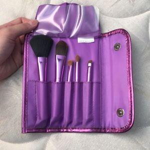 Sephora travel size brush set